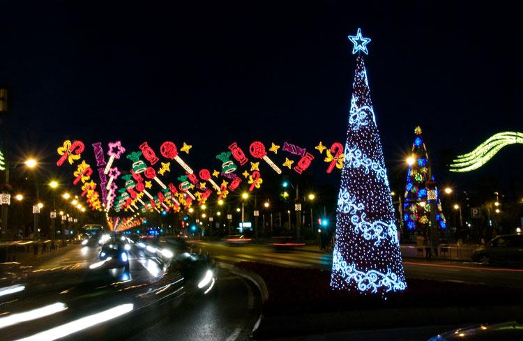 December Home Christmas Lights